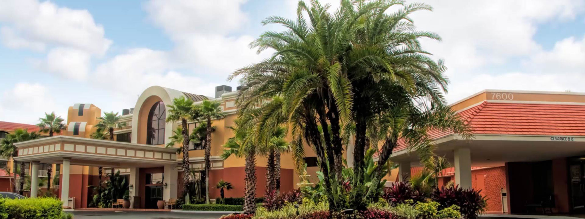 Kissimmee hotel near Disney's Blizzard Beach and Hollywood Studios | Westgate Towers Resort in Kissimmee, Florida