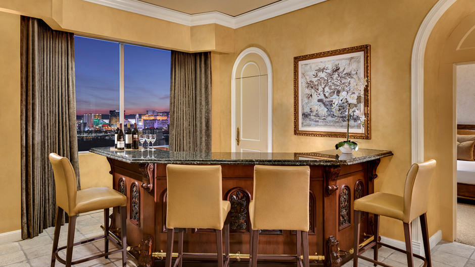 Breathtaking views of Las Vegas from within a cocoon of peace and quiet in the Napa Suite at Westgate Las Vegas Resort & Casino