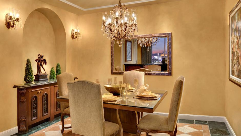 Dining area in the Napa Suites - Westgate Las Vegas Resort