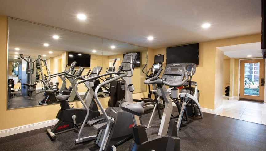 Fitness room at one of our leisure hotels near Seaworld Orlando FL | Westgate Leisure Resort | Westgate Resorts