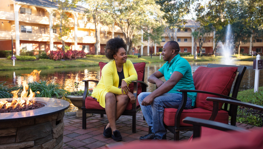 Reconnect and rejuvenate on your Orlando vacation at a hotel resort near world-famous theme parks and attractions.