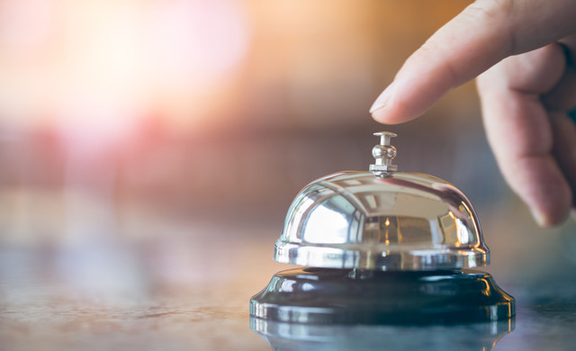 Golf at our Las Vegas Hotel and Casino | Front Desk Bell