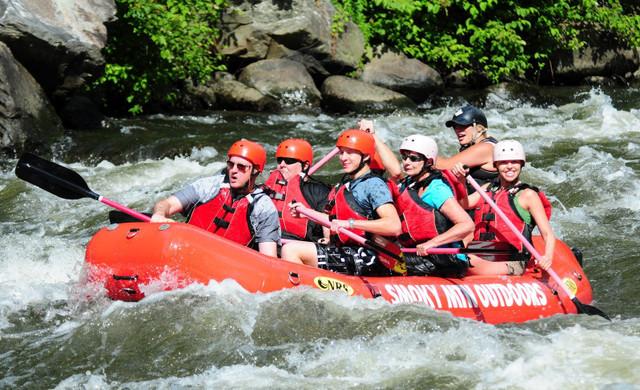 Gatlinburg Spa near the Smoky Mountains | Whitewater Rafting