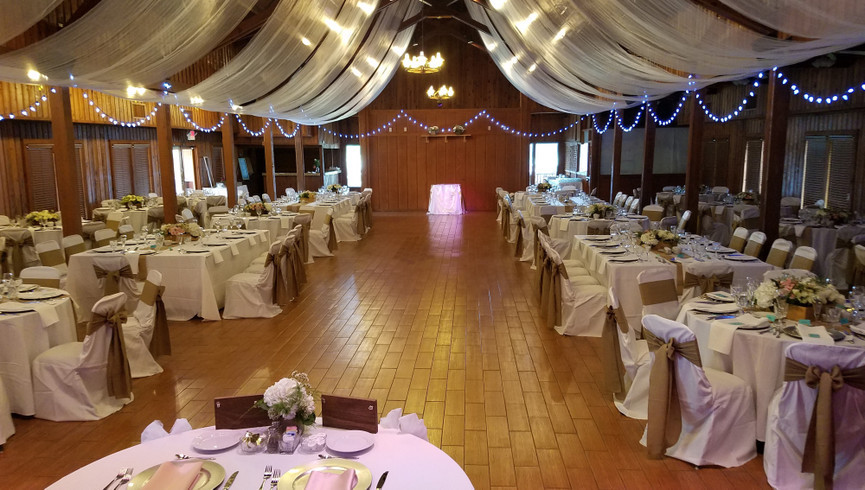 Seeking a wedding or group event location in Central Florida with an authentic ranching flair? Check out the Longhorn Center Meeting Space at Westgate River Ranch Resort & Rodeo!