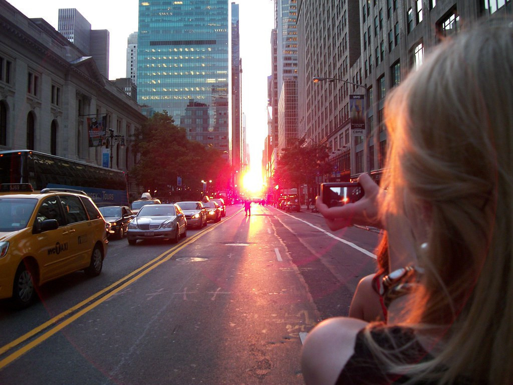 View of Manhattanhenge 2019 | The 6 Best Places to Watch Manhattanhenge 2019 for Photos of Manhattanhenge and Best Views in NYC!