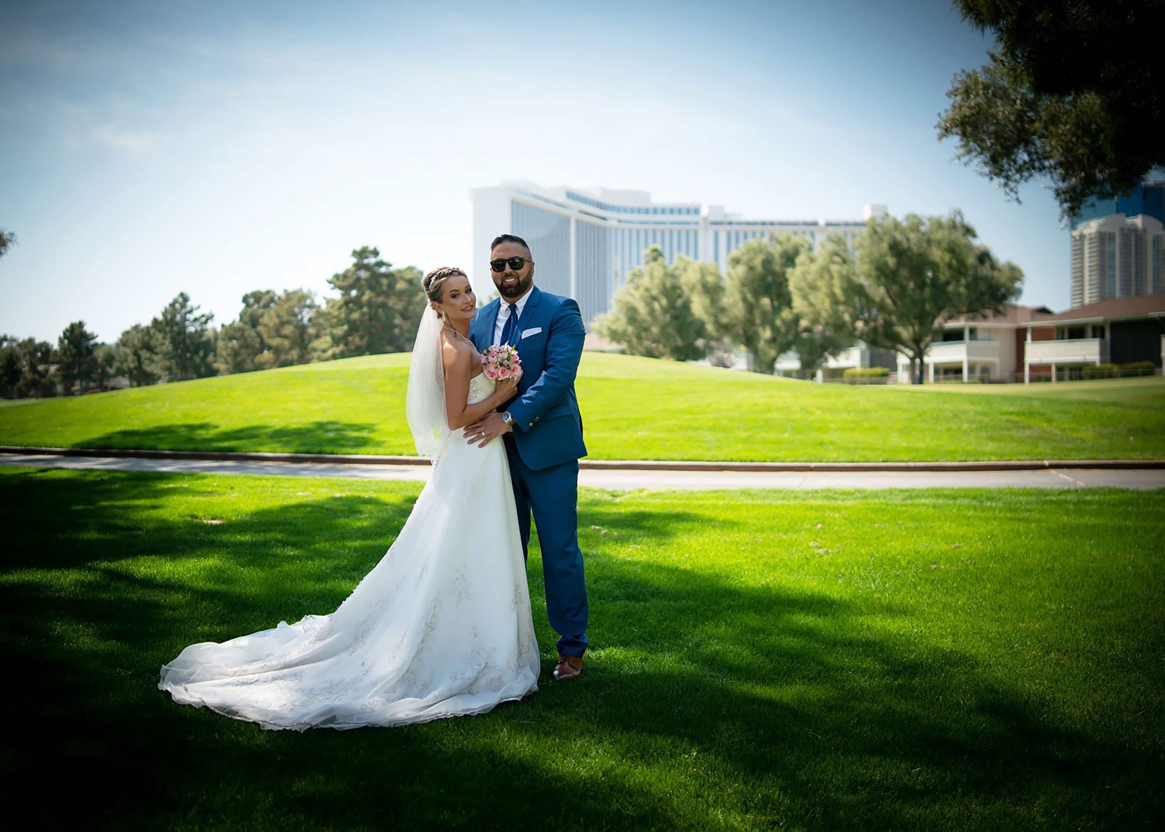 Las Vegas Wedding Chapels | Happy Couple