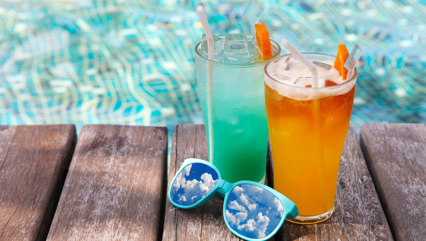 A Refreshing Mountain Top Pool Bar at Westgate Smoky Mountain Resort & Spa   Specialty Drinks