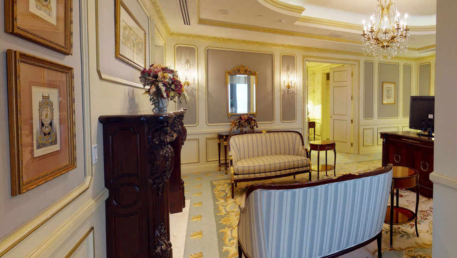 Sitting area in the Ambassador Villa - Westgate Las Vegas Resort & Casino