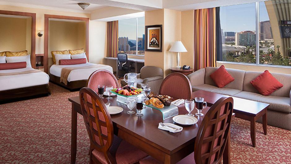 Suite with dining room area | Westgate Las Vegas Resort