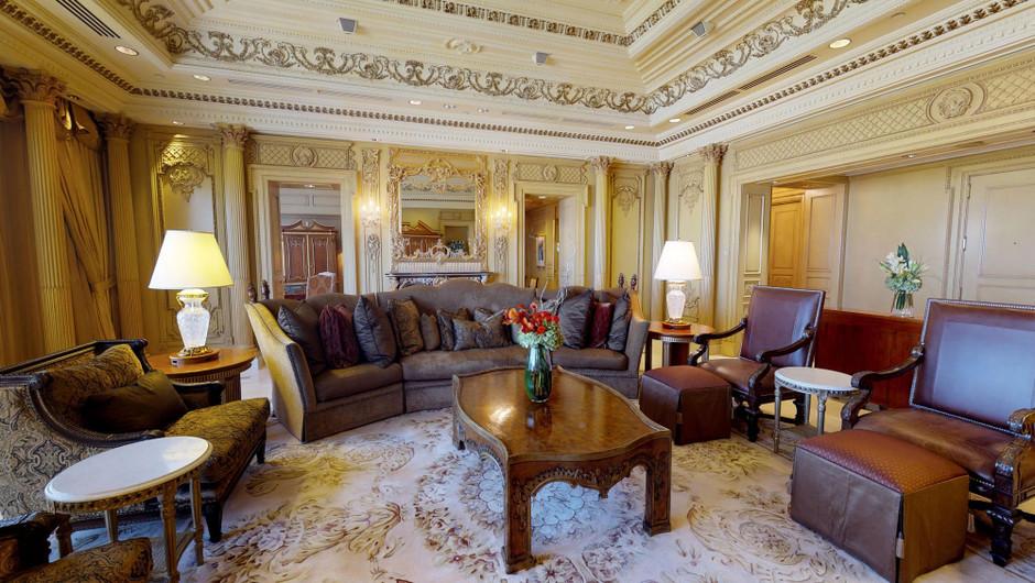 Living room in European Villa - Westgate Las Vegas Resort & Casino