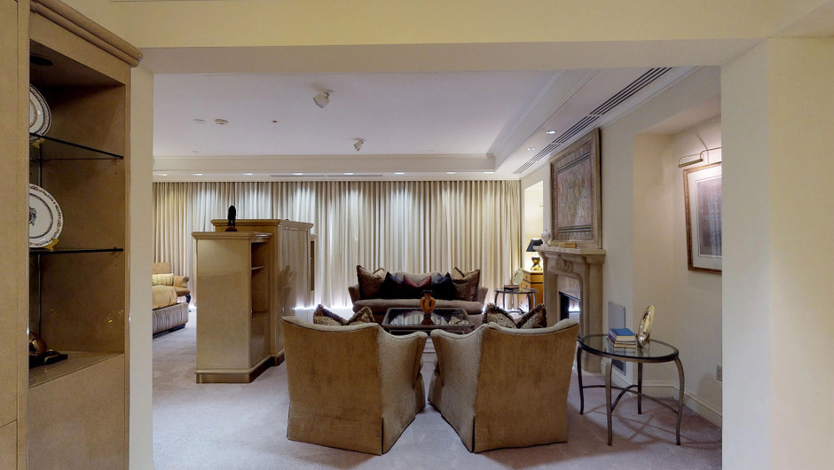 The Monaco Studio Suite living room - Westgate Las Vegas
