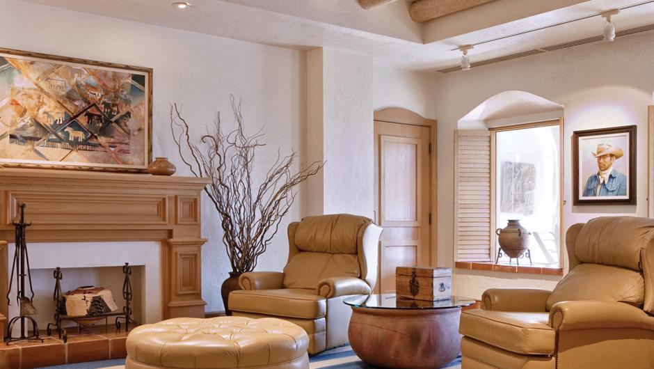Living Area in the Santa Fe Suite - Westgate Las Vegas Resort & Casino