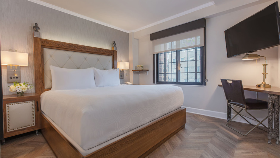Luxury Hotel Rooms NYC | Luxe King Hotel Room