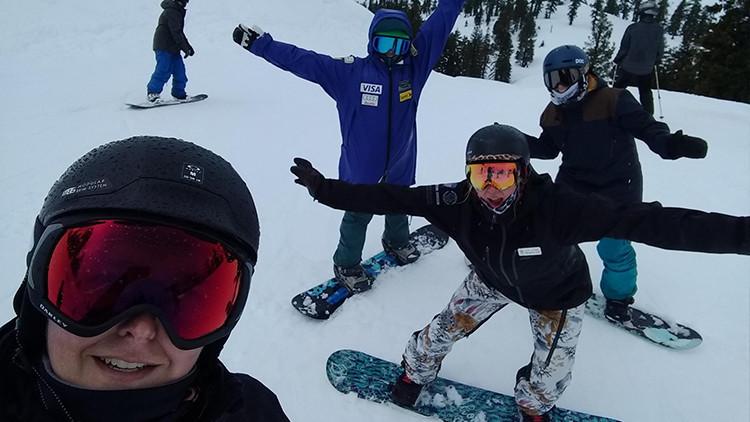 Summer Selfie Captions | Summer Selfie Ideas | The Snowfall Selfie