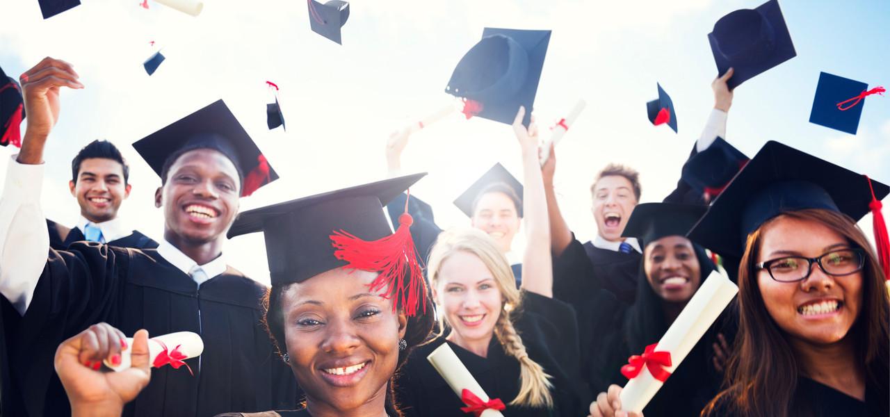 A Top Graduation Party Hotel In Branson - Graduates celebrating