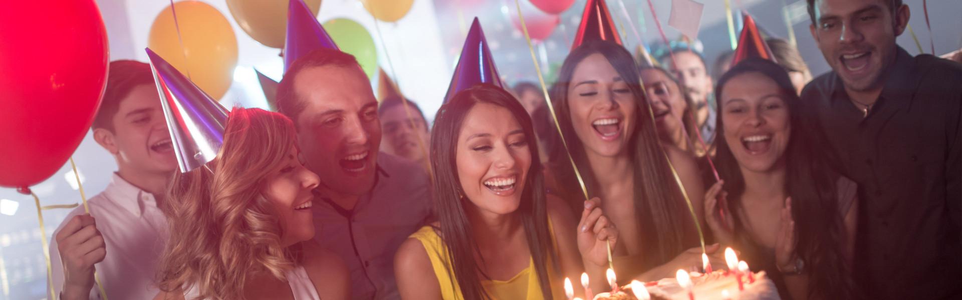 Best Birthday Party Venues In Las Vegas | People Dancing