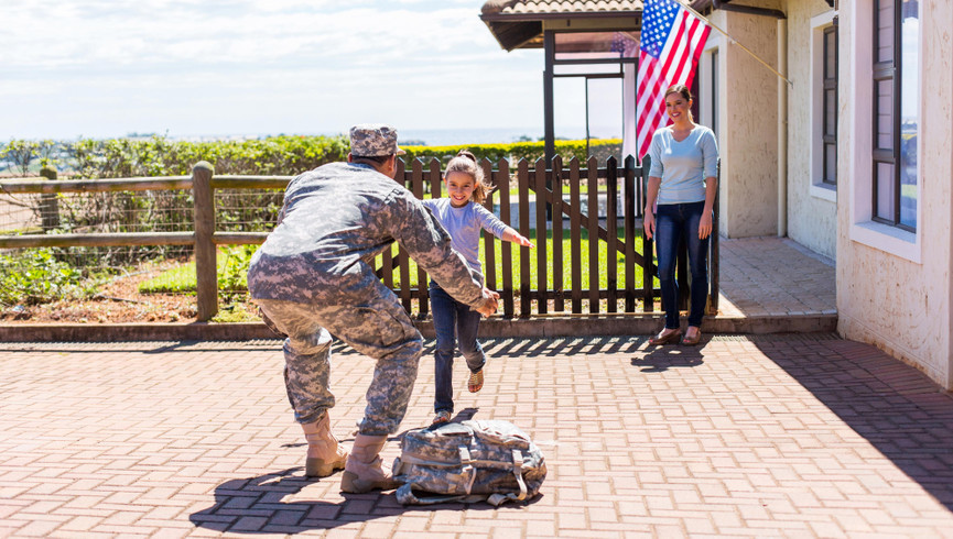 Military vet returning home and greeting family - Westgate Resorts