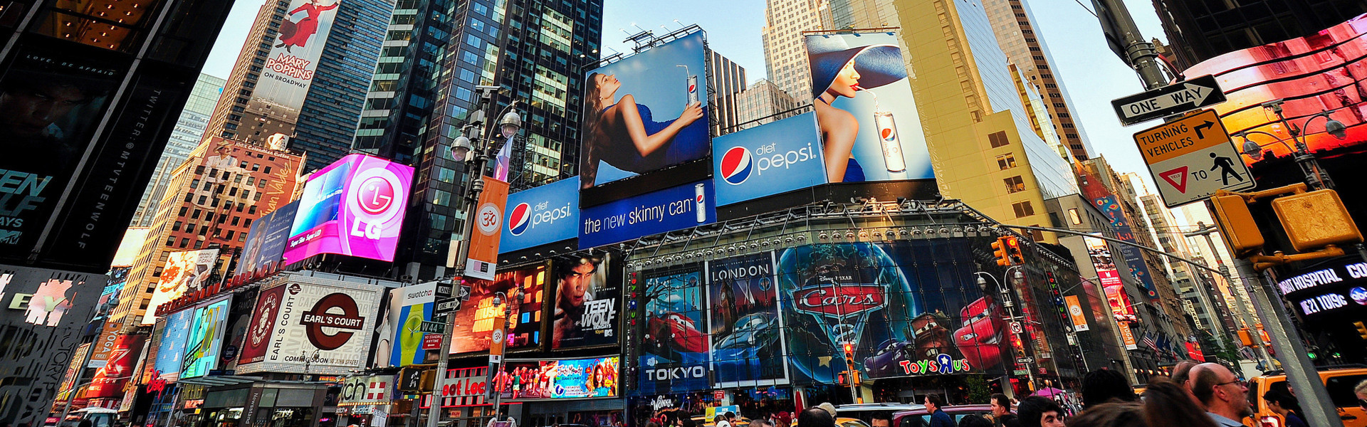 Group Travel Tour Hotel Rates In NYC | Times Square
