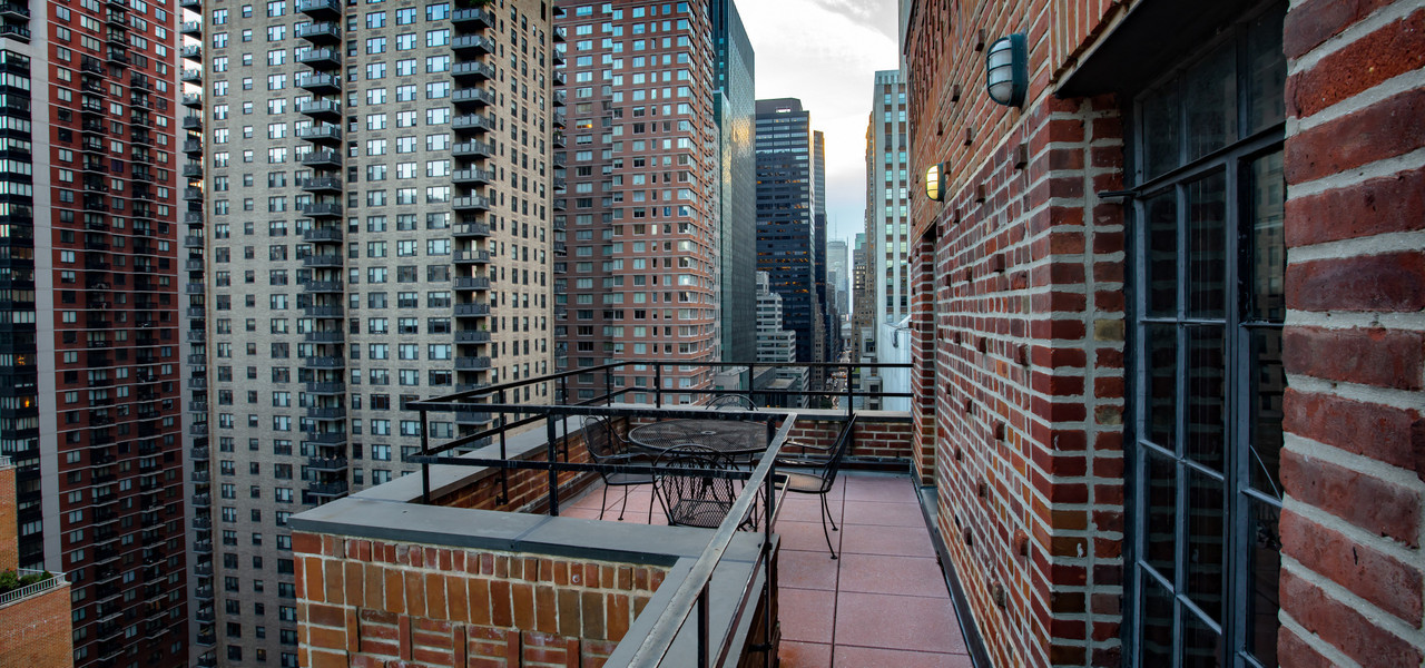 Company Retreat Discount Group Rates In NYC | Balcony at Westgate New York