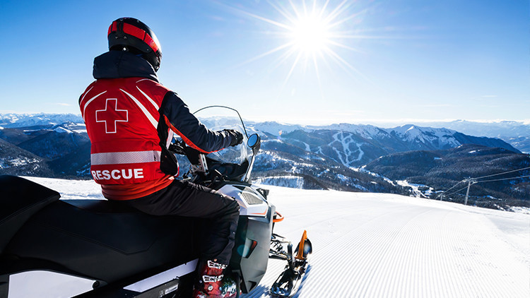 The Ultimate Guide to Snowmobiling in Park City Utah | Snowmobiling in Park City
