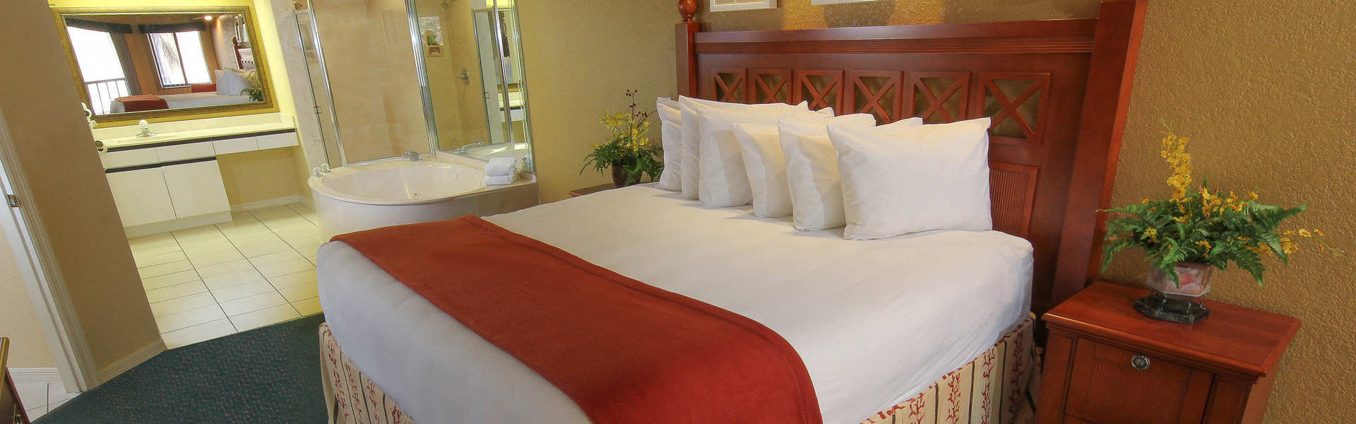 Kissimmee resort with 2 Bedroom Suites near Disney World | Suite Near Disney World