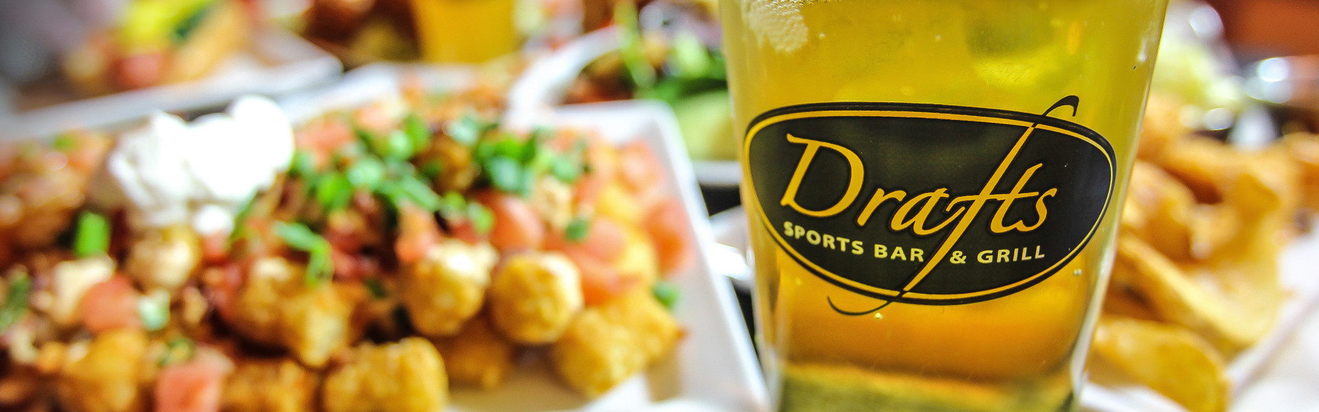 Drafts Sports Bar and Grill in Orlando, FL | Orlando Sports Bars | Westgate Lakes Resort & Spa