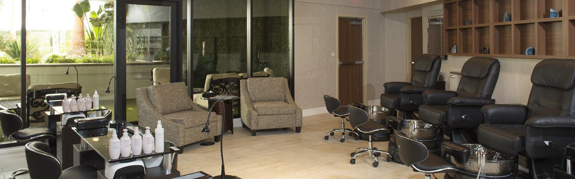 Salon at our Las Vegas Hotel and Casino | iBlowdry Salon