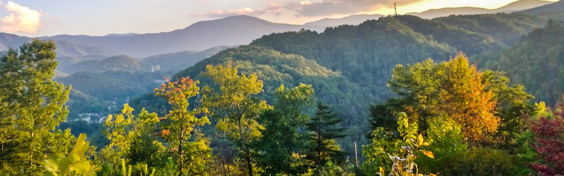 Ziplining in Gatlinburg near the Smoky Mountains | Mountain Ziplining