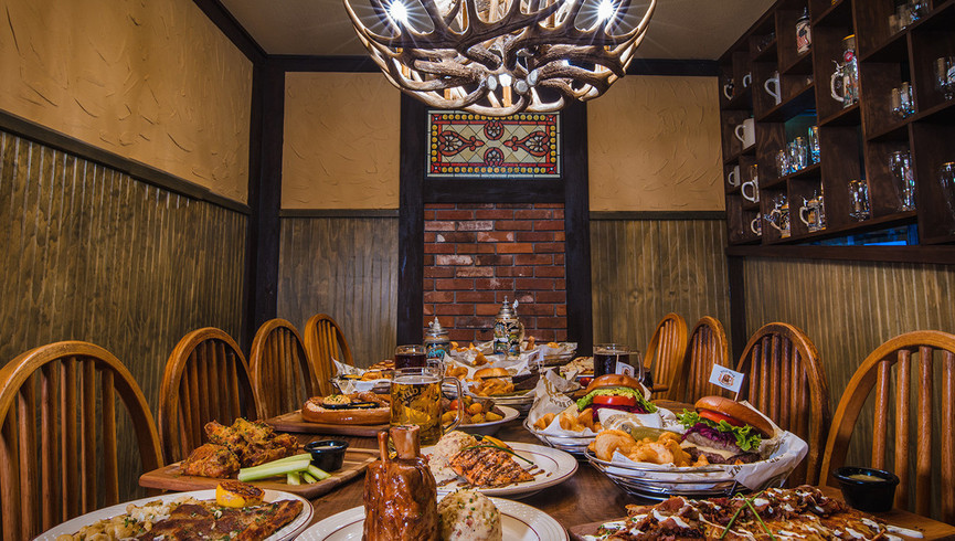 Dining Room in the Wild Bear Tavern | Wild Bear Inn