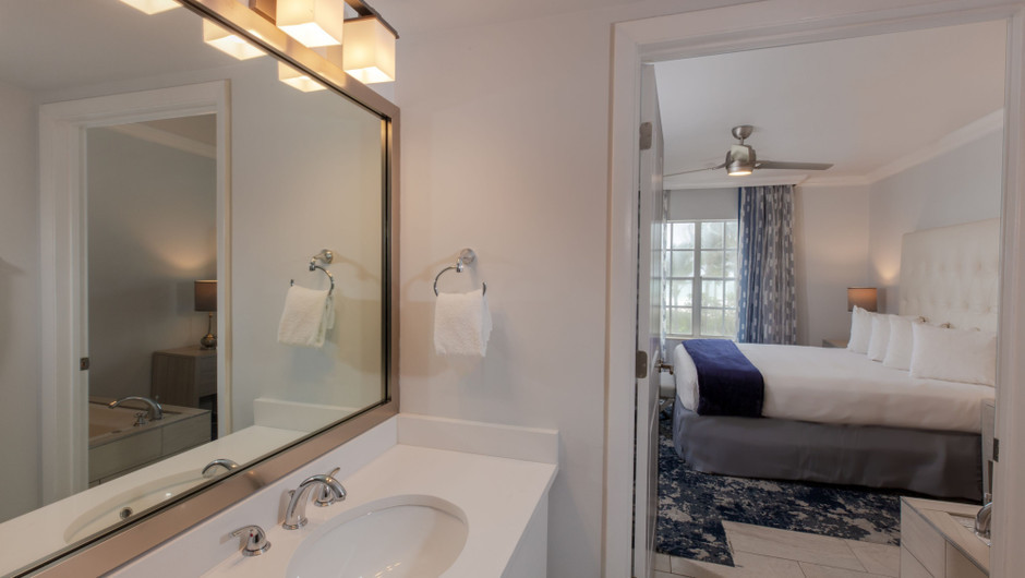 Bathroom in our One-Bedroom Oceanfront Villas at our Miami Beach oceanfront resorts | Westgate South Beach Oceanfront Resort | Westgate Resorts