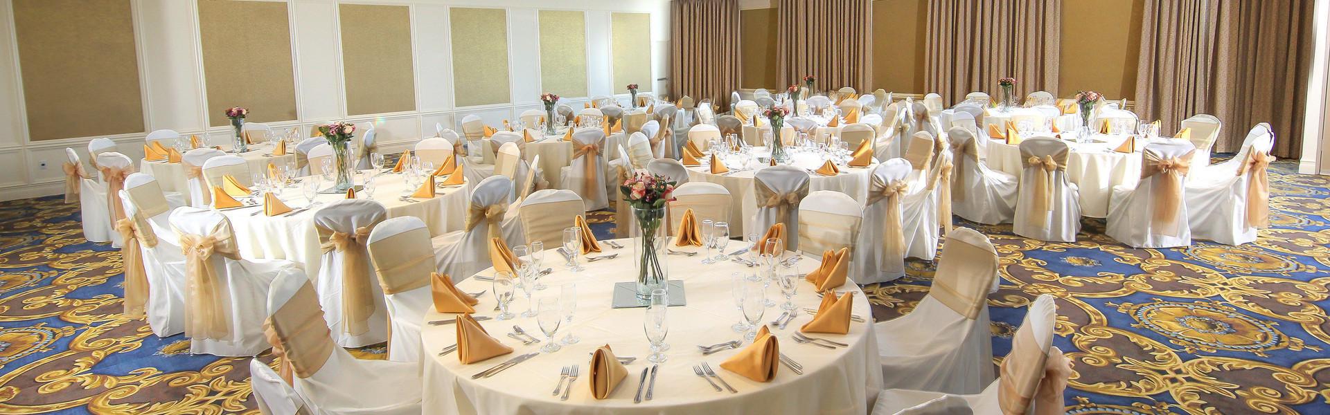 A Lakeside Reception Hall For Orlando Weddings - Orlando Wedding Reception