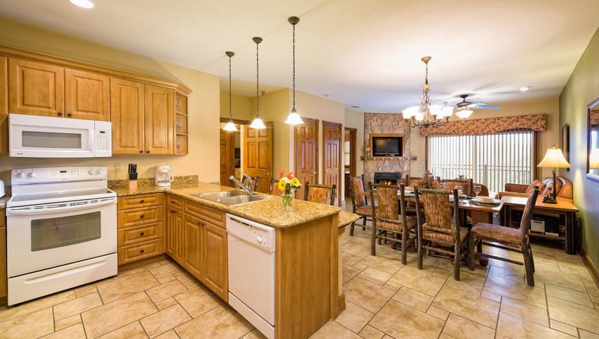 Gatlinburg Resort near the Smoky Mountains | Large Kitchens