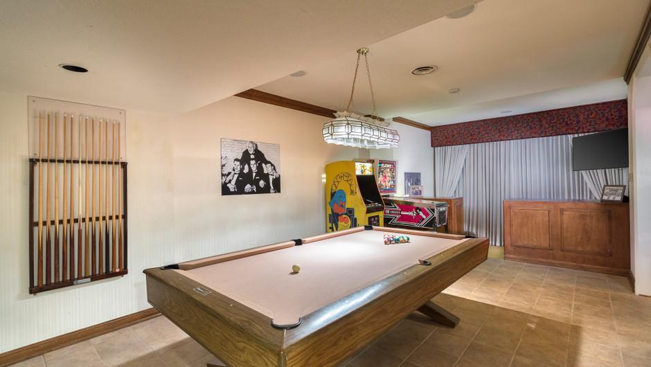 Gaming Area in the Barron Hilton Suite | Westgate Las Vegas Resort