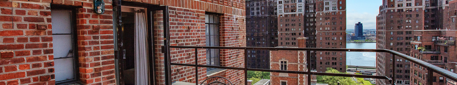 A View from our Hotels Rooms in NYC   Westgate New York Grand Central Hotel   Hotel Rooms in Manhattan NY