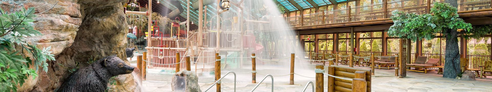 Gatlinburg Resort near the Smoky Mountains | Indoor Waterpark