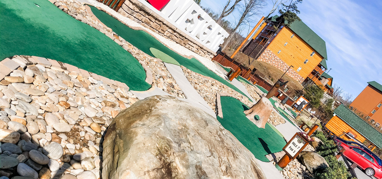 Gatlinburg Mini Golf near the Smoky Mountains | Mini Golf Course