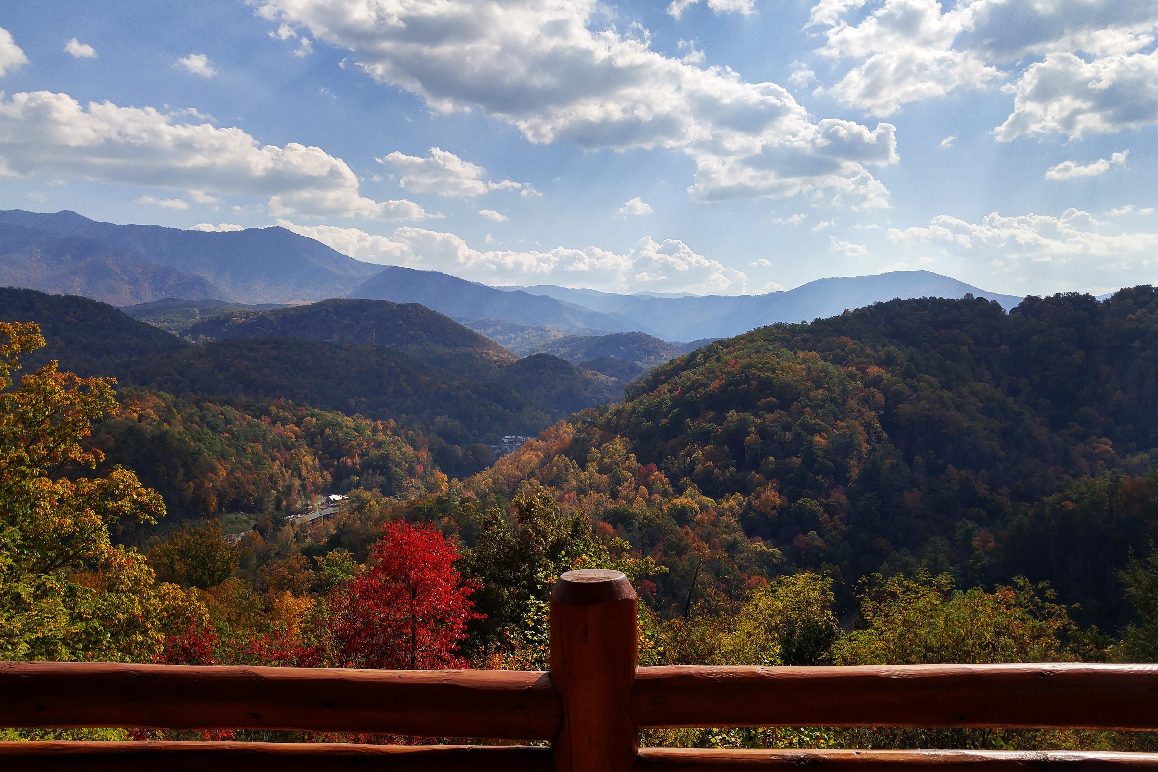 Smoky Mountain Tunes & Tales - Smoky resort view