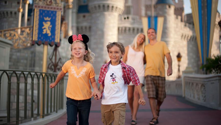 Family at Disney World | Westgate Lakes Resort & Spa | Orlando, FL | Westgate Resorts