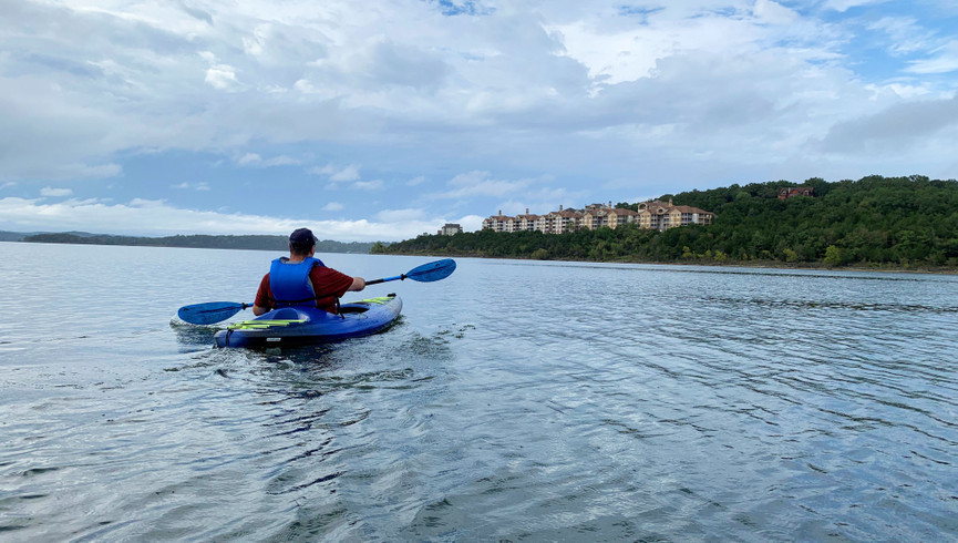 Activities at Branson Table Rock Lake Resort | Family Having Fun at Resort