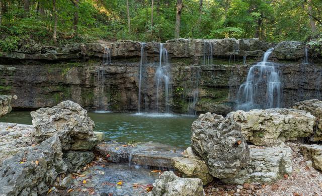 Discover Scrapbook Retreats In Branson - Branson Waterfall