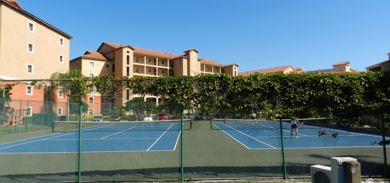 Basketball & Tennis Courts | Westgate Town Center Resort & Spa | Westgate Resorts