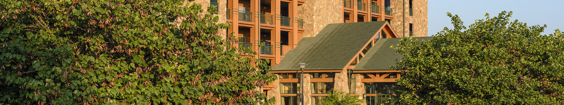 Photos of a Branson Hotel Near Roark Valley Road | Westgate Branson Woods Resort