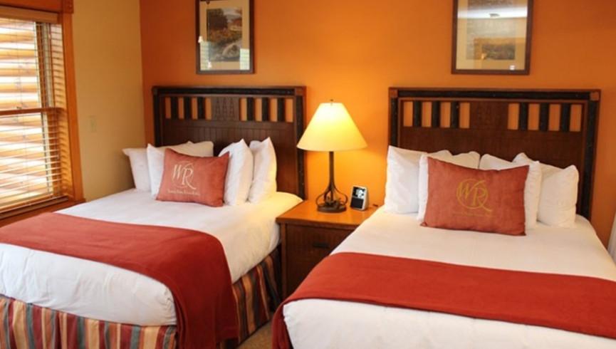 Gatlinburg Resort near the Smoky Mountains | Spacious Bedrooms
