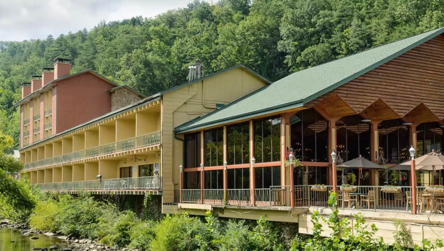 Nearby River Terrace Resort - Westgate Smoky Mountain Resort