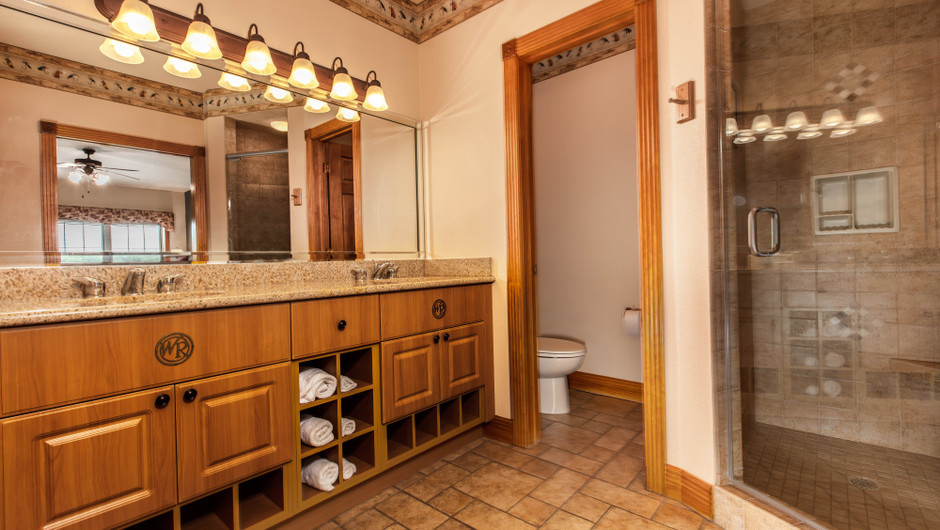 Bathroom in Two-Bedroom Grand Villa | Westgate Branson Woods Resort | Westgate Resorts