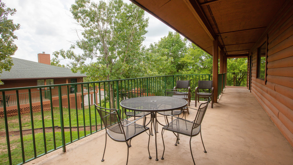 Balcony | Traditional King Guestroom | Westgate Branson Woods Resort | Westgate Resorts