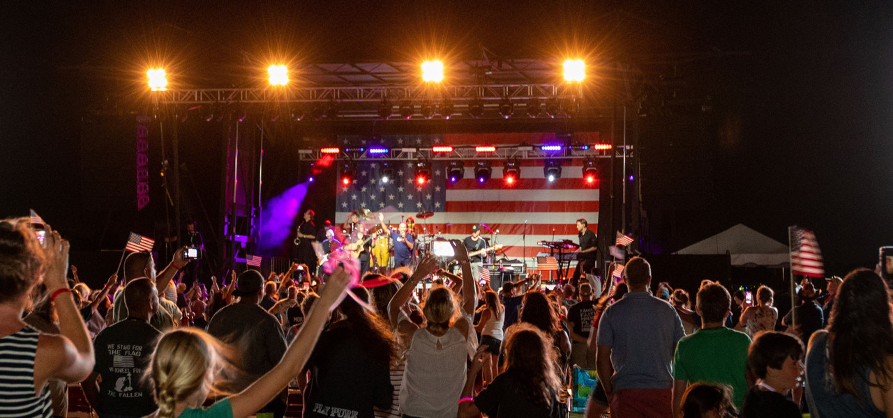 Hotels For Events In Branson | Outdoor Concert