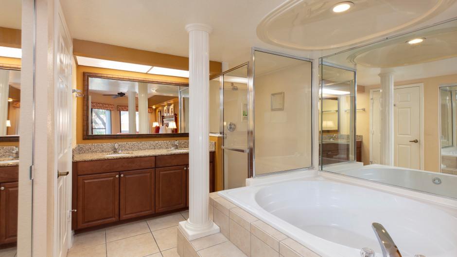 Bathroom in a Two-Bedroom Villa | Westgate Lakes Resort & Spa | Orlando, FL | Westgate Resorts