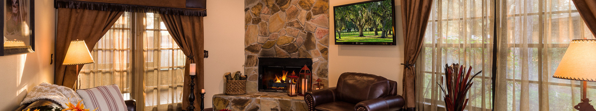 Living Room in Lodge - Westgate River Ranch