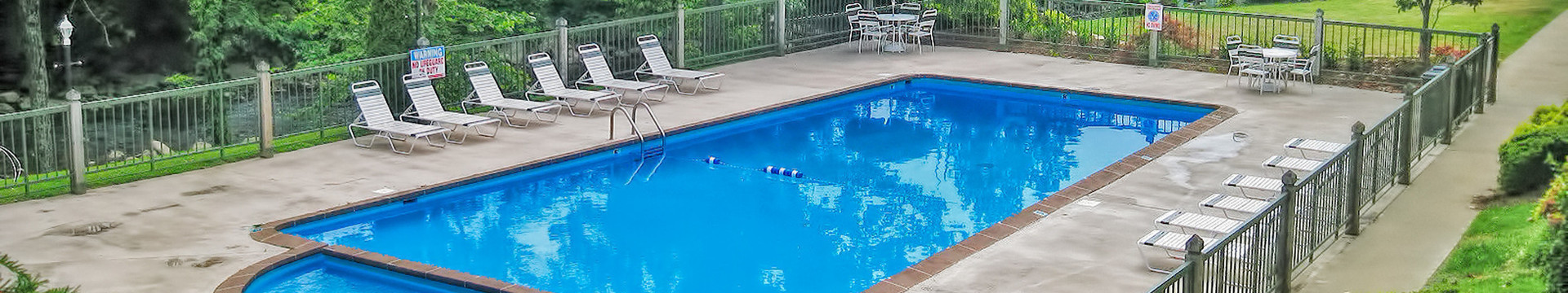 Pool - River Terrace Resort & Convention Center